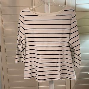 Cute, comfy striped T. Size XXL. #A282